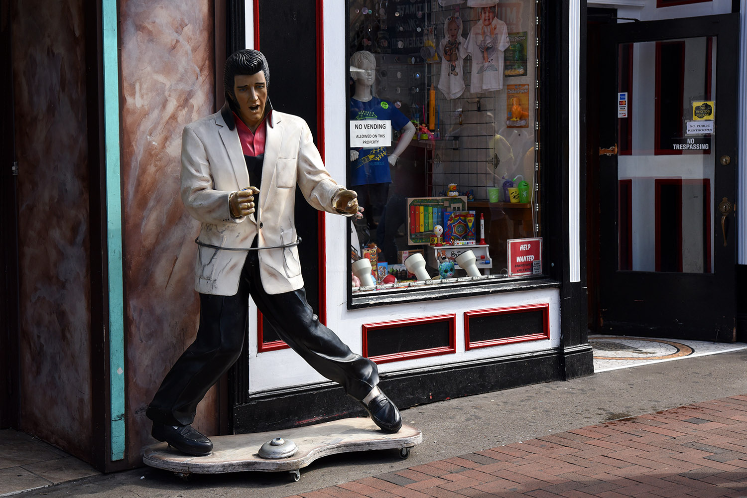 Elvis in Nashville, Robert George Photographs, Fine Art Photography