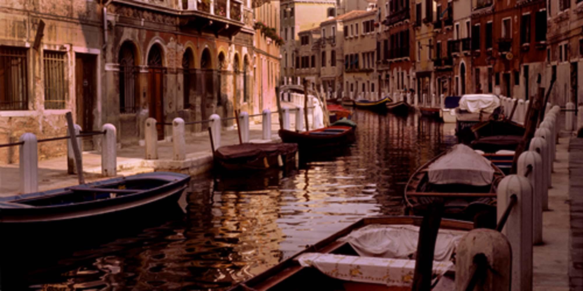 Rio Delle Eremite in the Accademia quarter, 1985